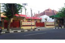 Dijual Rumah Halaman Luar , Jalan Raya Proklamasi, Pusat Kota Gresik Jatim