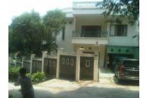 Dijual rumah nyaman di mega Cinere, Depok.