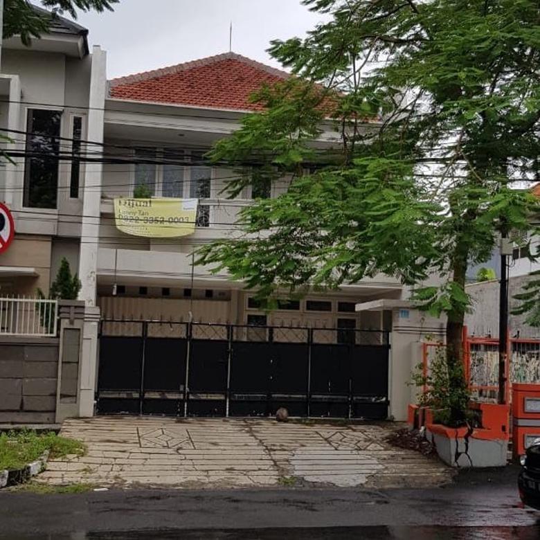 Rumah jual di Imam Bonjol Surabaya. Dekat raya Darmo