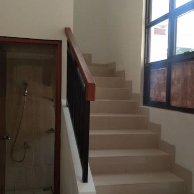Baru dan Siap Huni. Rumah di Pondok Cabe, Tangerang Selatan