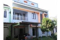 Murah Rumah modern dicluster belakang Hotel Gothic Cijaura Soekarno Hatta