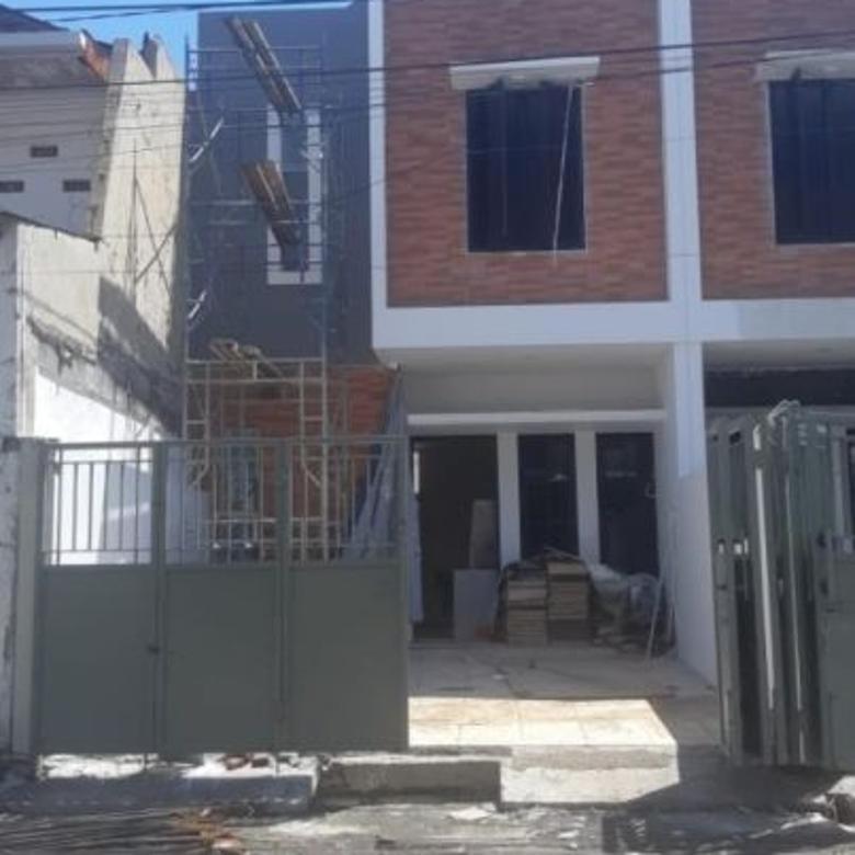 Rumah Klampis Semolo, New, Minimalis, Row 3 mobil