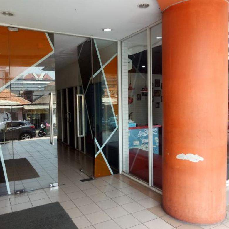 SHOPHOUSE Apartemen High Point Petra Surabaya