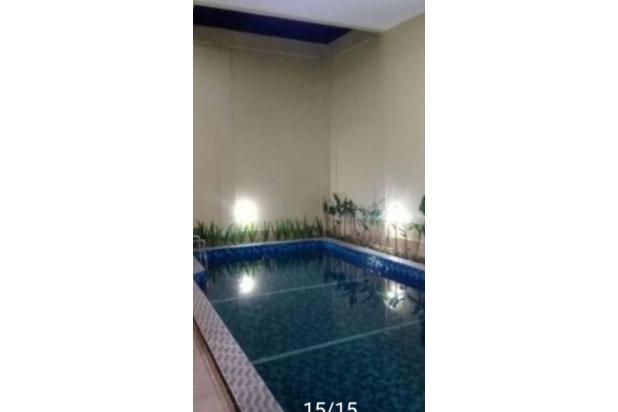 Rumah Baru Ada Kolam Renang akses Depan Jalan Besar Jagakarsa 23047321