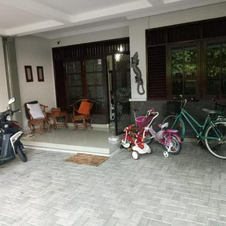 Rumah Bagus 2 lantai @Pondok Indah, Jakarta Selatan