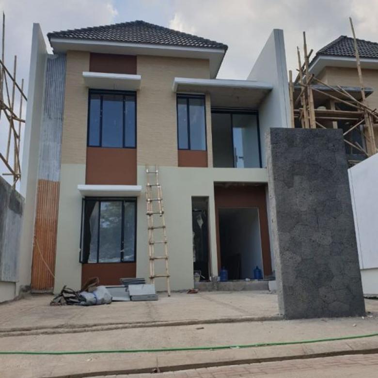Rumah Baru Lux 2 Lantai di Perumahan Elite Setraduta Grande