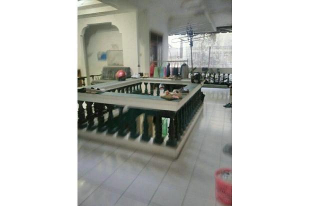 Rumah Kost dan Ruang Usaha UNS 17995474