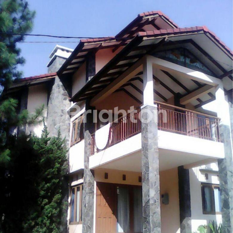 Villa Dijual Lembang Asri