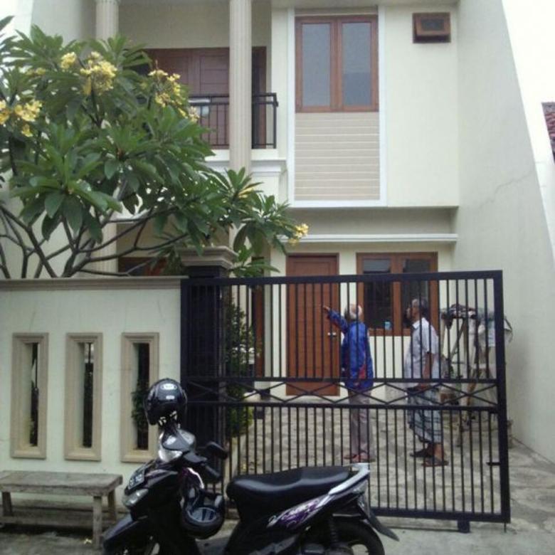 Rumah di duren sawit Minimalis Baru Dalam Komplek Pondok Bambu