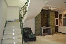 Rumah Minimalis Bagus, Kartika Pondok Indah