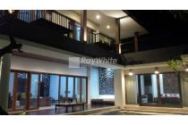 Rare property In Main Road With Rice Field View