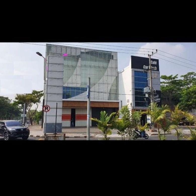 Gedung HOOK di Nol Jalan Raya Merr 3 Lantai Lokasi Strategis