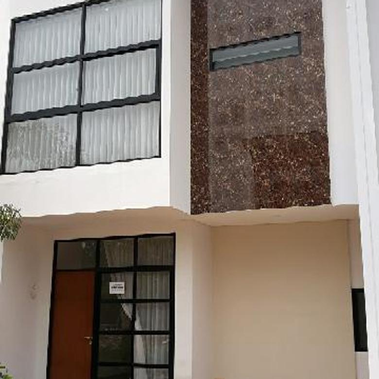 Rumah dekat Stasiun Jurang Mangu Bintaro