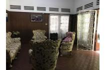 Dijual Rumah di Sayap Diponegoro
