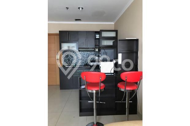 Dijual Apartemen Strategis di Hamptons Park Jakarta Selatan 17825142