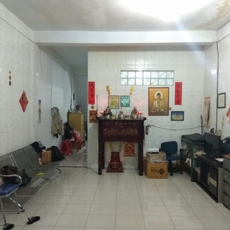 Rumah di Jalan M Yakub ( Serdang )