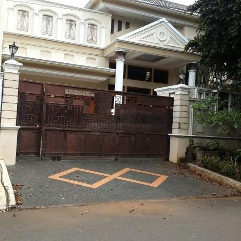 Nice And Homey House With Furnished In Pondok Indah