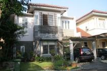 Dijual Cepat Rumah Asri di Puri Bintaro Jaya Sektor 9