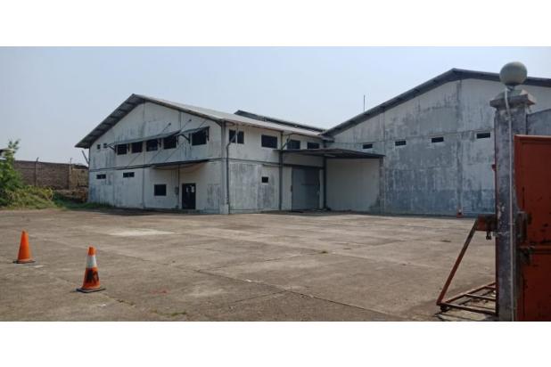 gudang pabrik di jalan utama bandung cianjur kmp ciwaru selajambe
