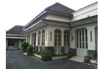 Rumah Klasik Mewah Bernilai Investasi Tinggi