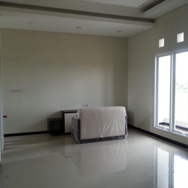 Rumah Baru siap pakai di Anugerah Dian Regency, Banjarmasin