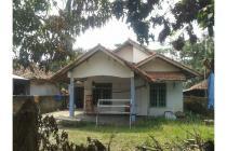 Rumah Strategis Di Jalan Raya Nanggerang .