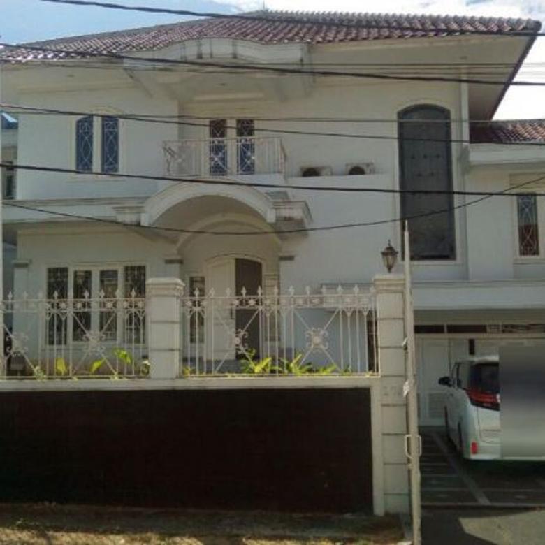Dijual Rumah Bagus di Taman Lebak Bulus, Jakarta Selatan