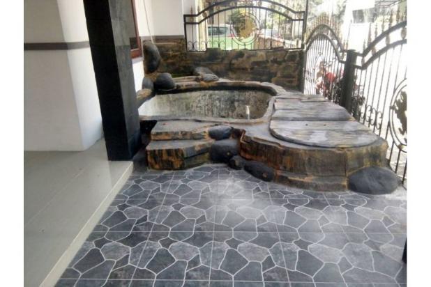 Rumah Baru, Murah Strategis dalam Perumahan di Maguwoharjo Jalan Raya Tajem 11972949
