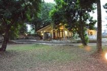 DIJUAL RUMAH HALAMAN LUAS @ JAGAKARSA, CIPEDAK, JAKARTA SELATAN