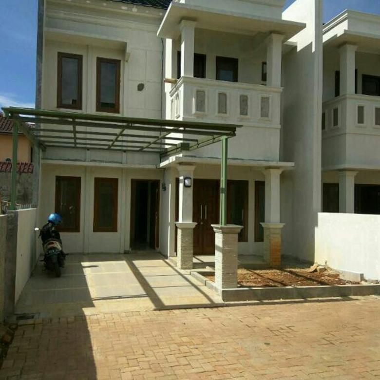 Rumah Cantik 2 lantai lingkungan Asri di Pondok Cabe