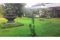 Rumah Megah Halaman Super Luas Setia Budddhi Full View