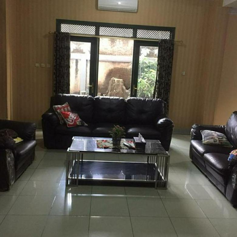 Rumah kokoh, lokasi strategis di Jalan MPR Dalam Cilandak