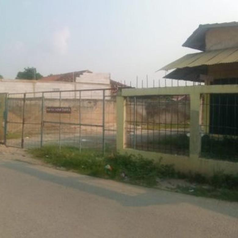 Di jual lahan + bangunan Ex material pinggir jalan