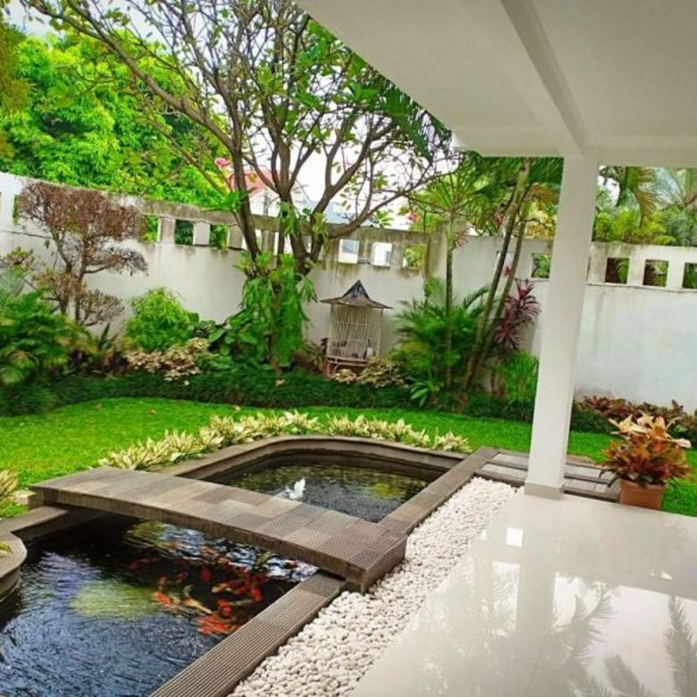 Rumah di Lebak Bulus dalam Townhouse Jakarta Selatan