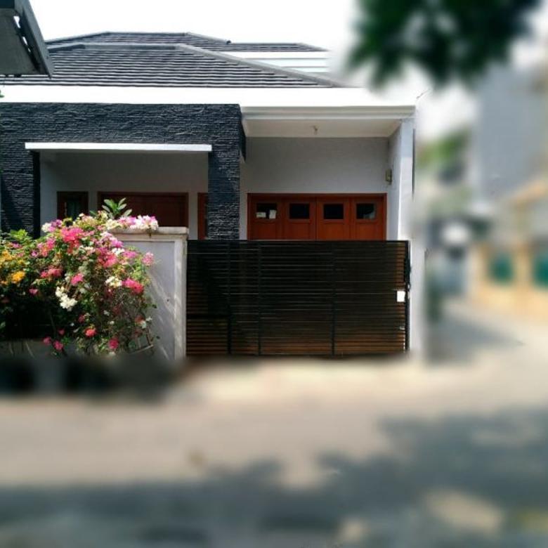 Rumah Cantik 1,5 Lantai Murah di Tebet Jakarta selatan