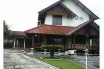 Dijual Rumah Villa Murah Bandung Utara Dekat Lembang Pinggir Jalan Raya