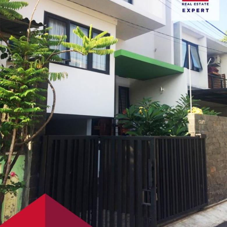 Dijual Rumah Mewah Design Menarik Carport 2mobil Pondok Kelapa