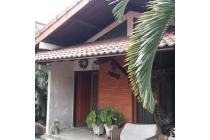 Dijual Rumah di Kebon Baru Tebet, Dekat Akses Tol Dalam Kota,SHM, LT 200 m2