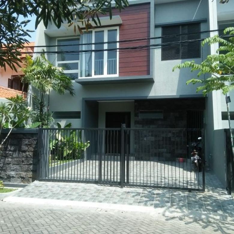 Rumah Baru 2Lt Sangat Bagus Di Semolowaru Surabaya,Aman&Nyaman
