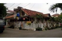 Rumah tua dekat stasiun MRT Pasar Blok A