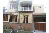 Villa Lantai 2 kayu tulang Canggu / Buduk tiying tutul berawa
