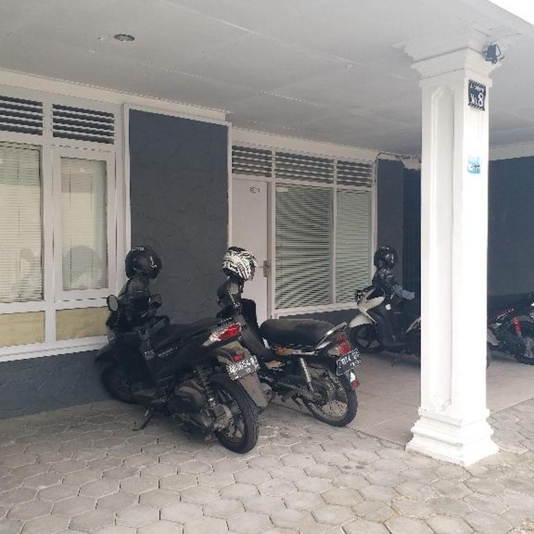 Rumah Hunian Bonus Kost 7 Kamar di Purwosari Solo (DR)