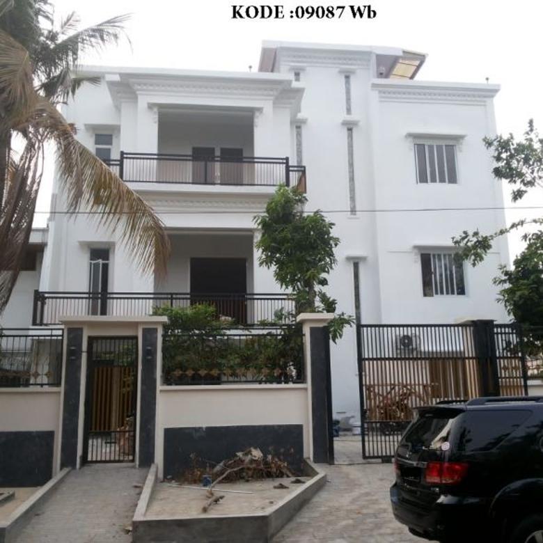 KODE :09087(Wb) Rumah Dijual Kelapa Gading, Luas 20x20,45 Meter (409 Meter)