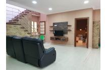 Villa Lux Komplek Cemara Asri ( Semangka )