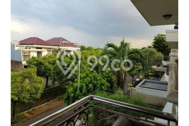 Rumah Mega Kebun Jeruk, Puri Botanical, Jakarta Barat, 20x20m, 2 Lt 6727896