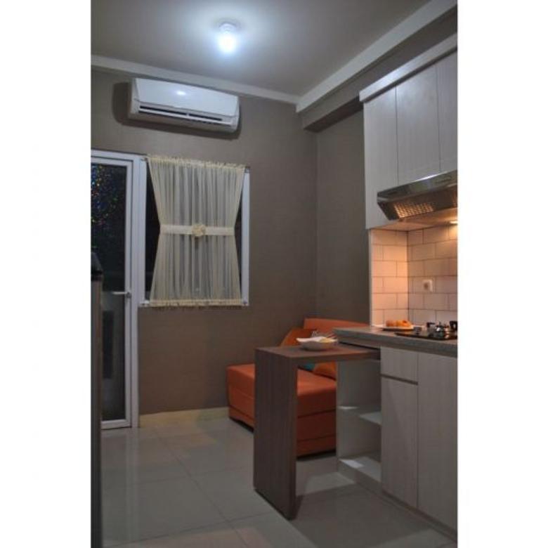 Dijual / Dipasarkan fully furnished 2 BR apartemen green pramuka city