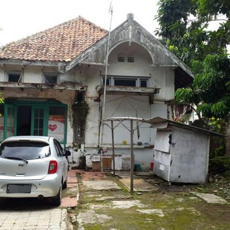 Rumah Tua Cisadane Cikini Menteng Akses 2 Mobil Luas Jakarta Pusat