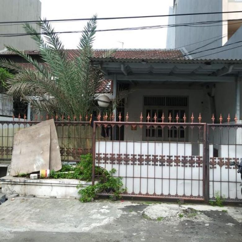 Dijual Rumah Tua Hitung Tanah di Janur Asri VI Kelapa Gading