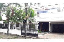 Rumah Dijual di Pondok Indah, Dekat dengan Mal PIM 2, SHM, LT 302 m2