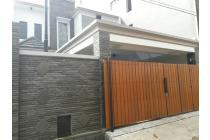 Rumah  di Duren Sawit deket Kavling AL Jakarta Timur